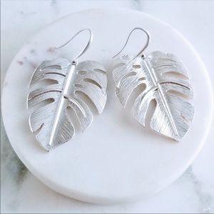 NWT Brushed Silver Tropical Leaf Metal Earrings